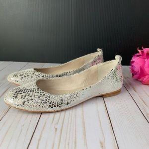 Vince Camuto Ellen Metallic Print Flats Shoes